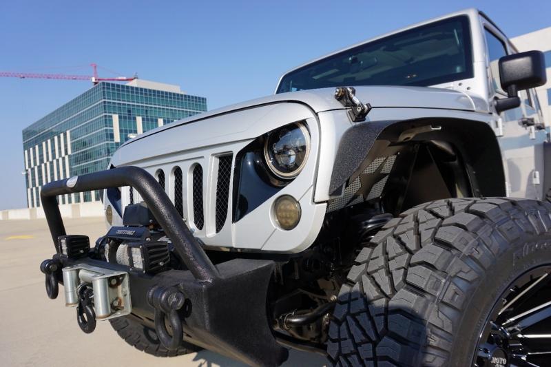 Jeep Wrangler Unlimited Sahara 2012 price $33,998
