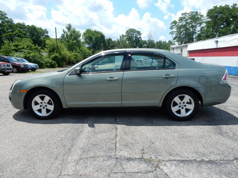 Ford Fusion 2009 price $3,700