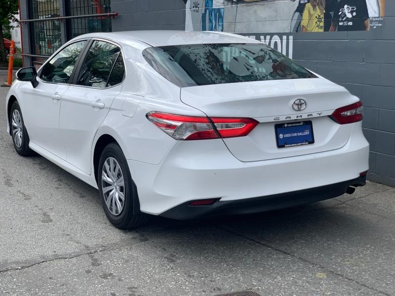 Toyota Camry 2018 price $19,895