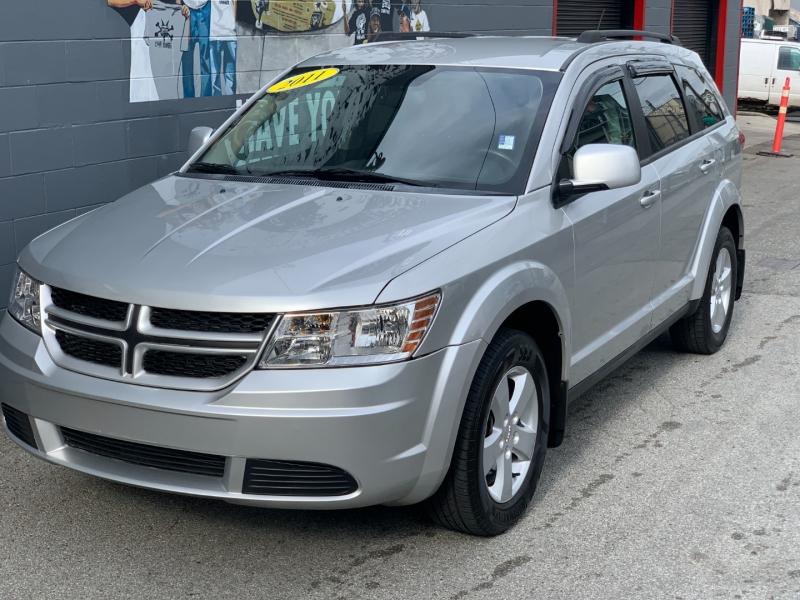 Dodge Journey 2011 price $9,895