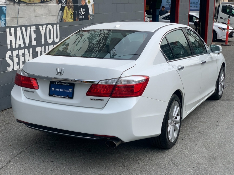 Honda Accord 2015 price $18,895