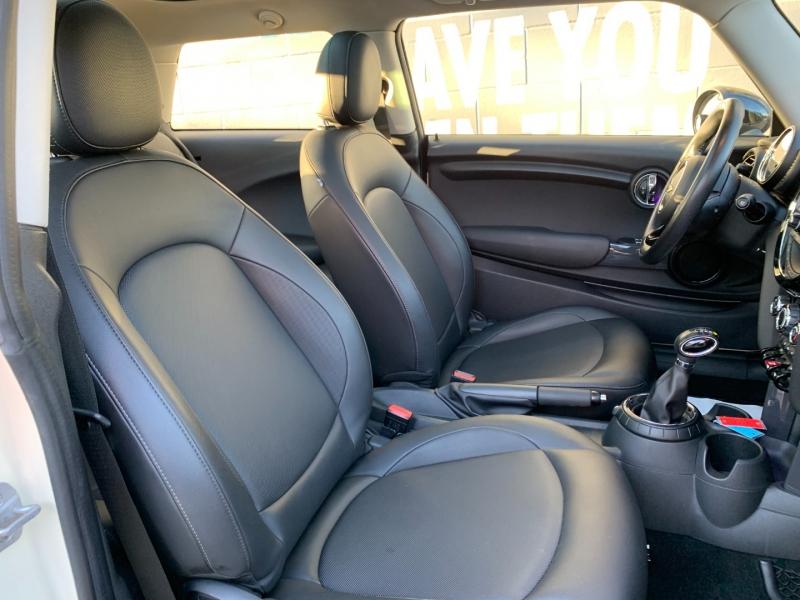 Mini Cooper 2014 price $14,895