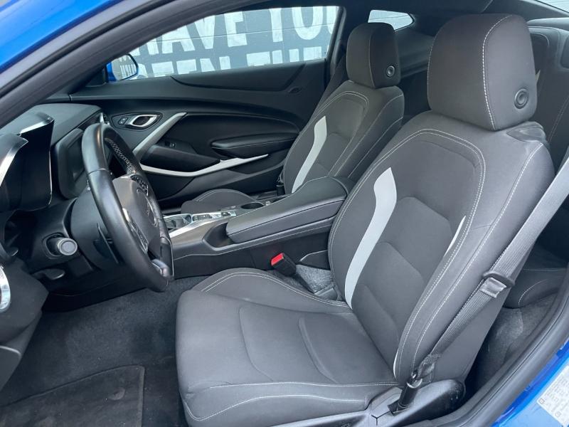 Chevrolet Camaro 2018 price $32,895