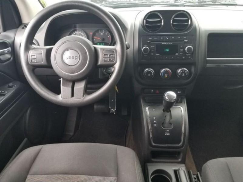Jeep Compass 2013 price $12,995