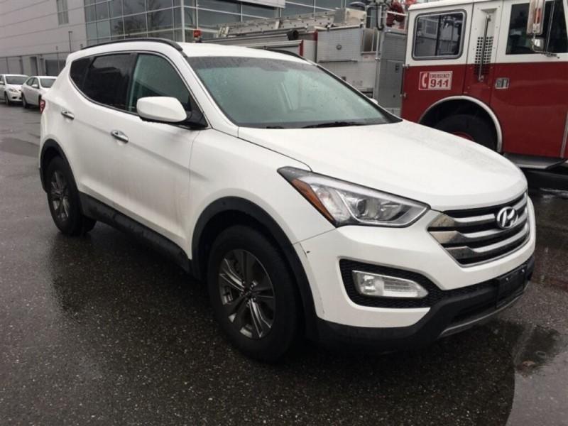 Hyundai Santa Fe Sport 2016 price $21,888