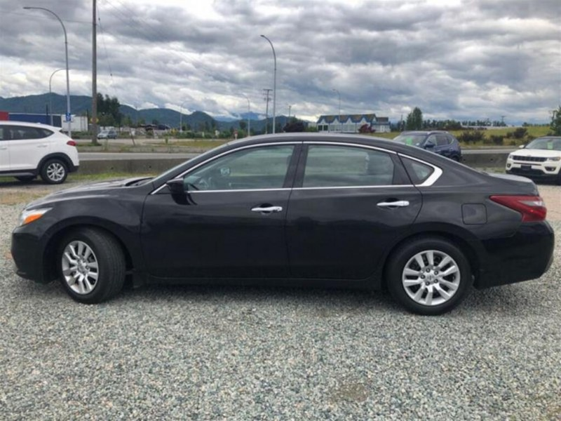 Nissan Altima 2018 price $16,709