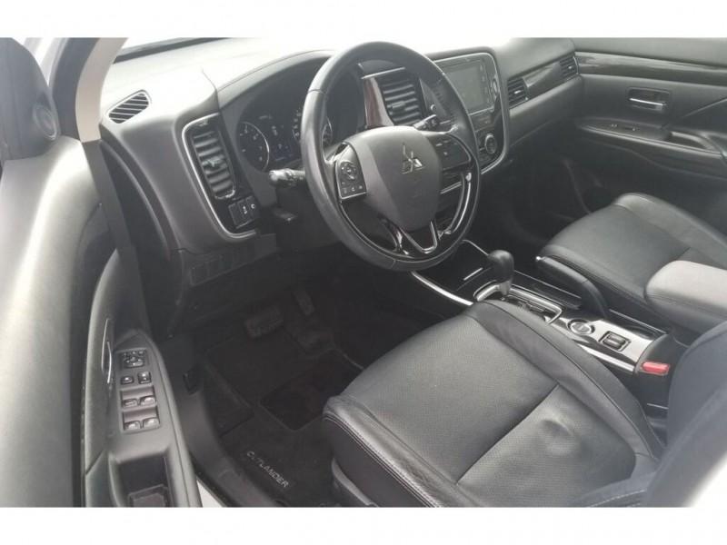 Mitsubishi Outlander 2017 price $23,995