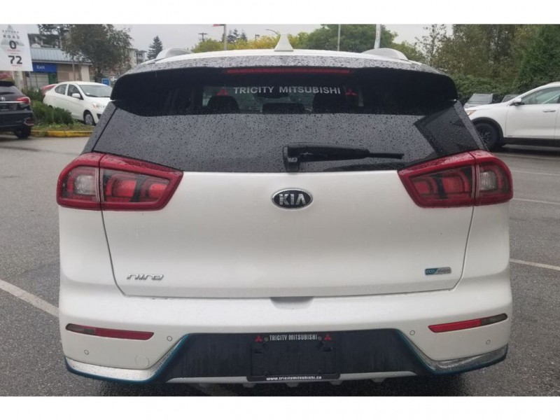 Kia Niro Plug-In Hybrid 2019 price $32,995
