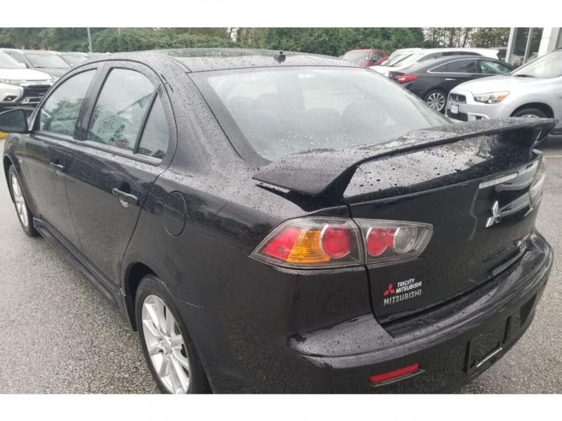Mitsubishi Lancer 2015 price $10,995