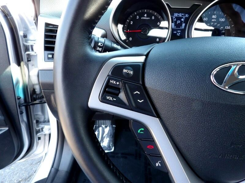 Hyundai Veloster 2017 price $16,620