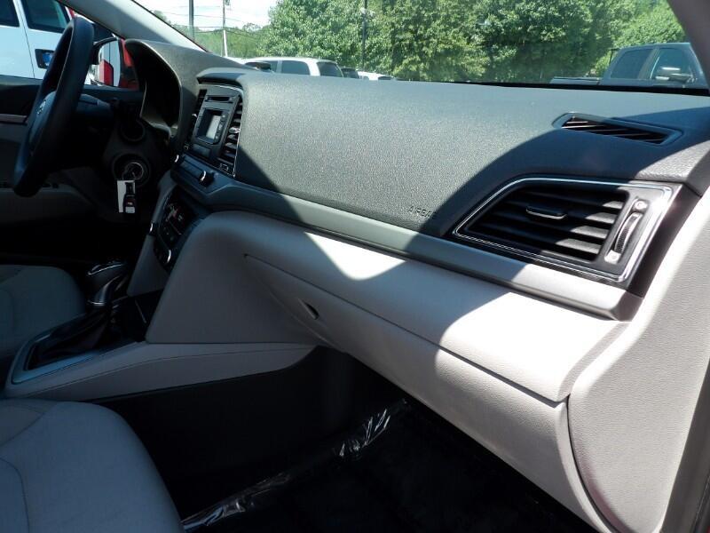 Hyundai Elantra 2017 price $799