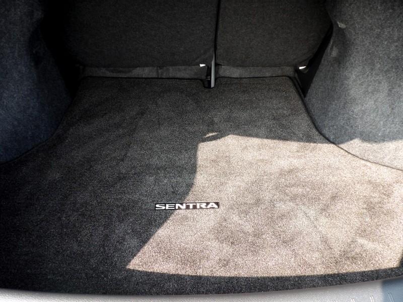 Nissan Sentra 2017 price $994