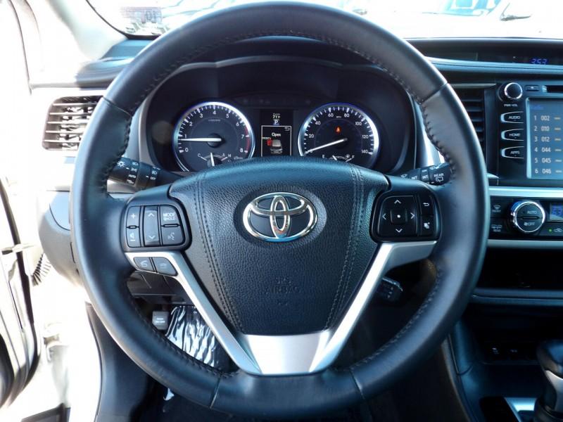 Toyota Highlander 2016 price $1,495