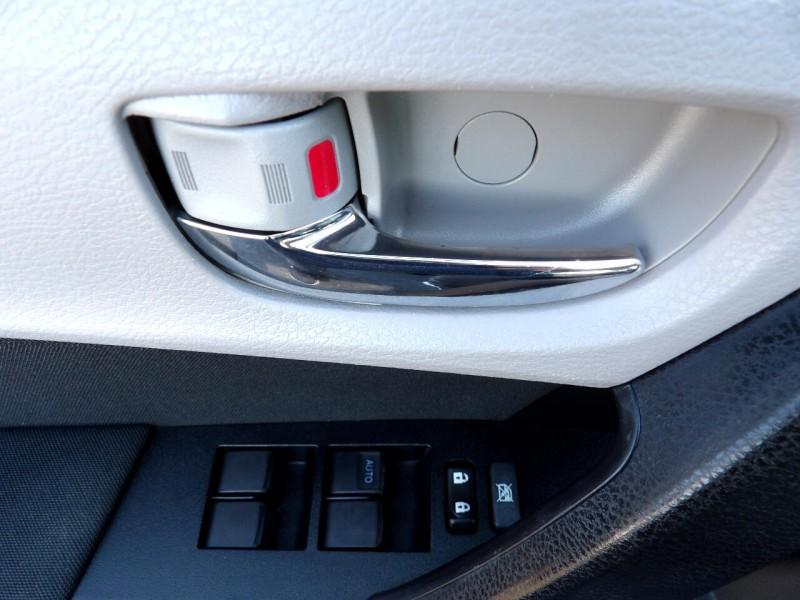 Toyota Corolla 2018 price $16,420