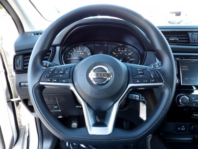 Nissan Rogue Sport 2019 price $1,299