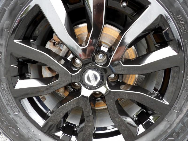 Nissan Rogue 2017 price $1,215