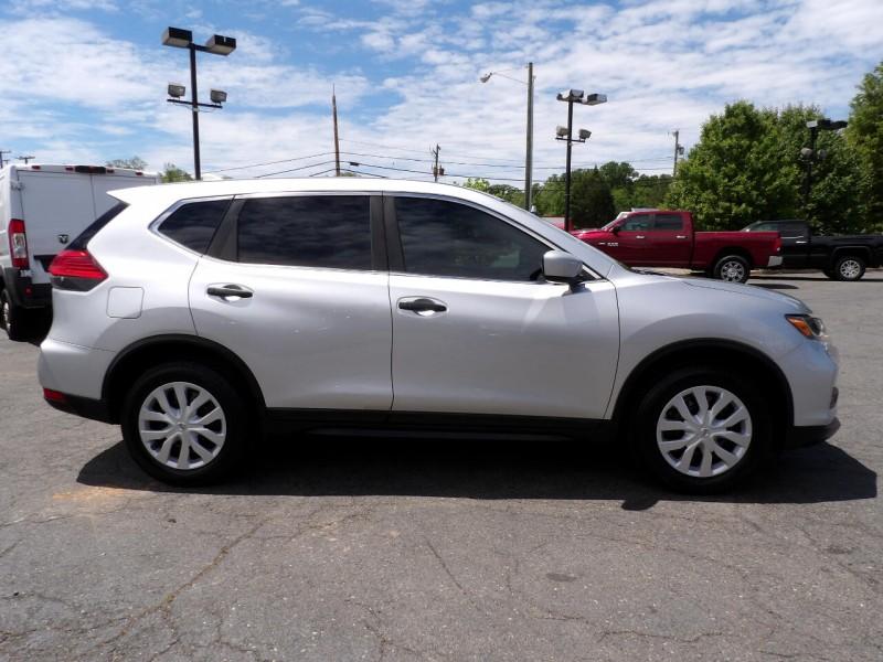 Nissan Rogue 2017 price $1,216