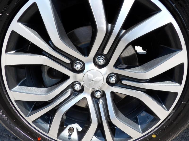Mitsubishi Outlander Sport 2018 price $1,214