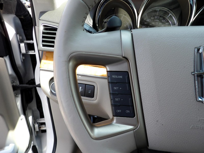 Lincoln MKT 2012 price $1,009