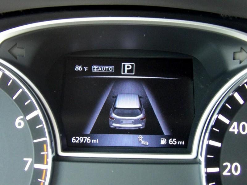 Nissan Pathfinder 2017 price $1,500
