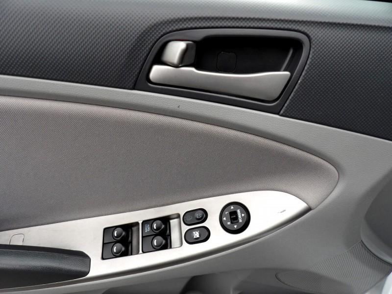 Hyundai Accent 2016 price $12,999