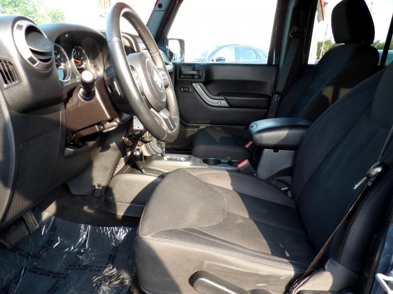 Jeep Wrangler 2016 price $1,527