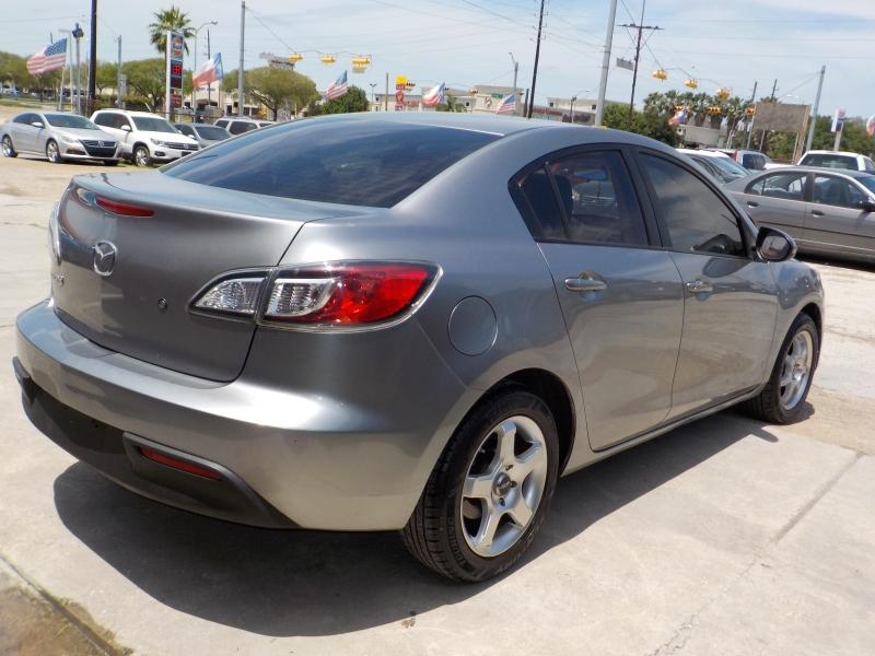 Mazda Mazda3 2010 price $4,400 Cash