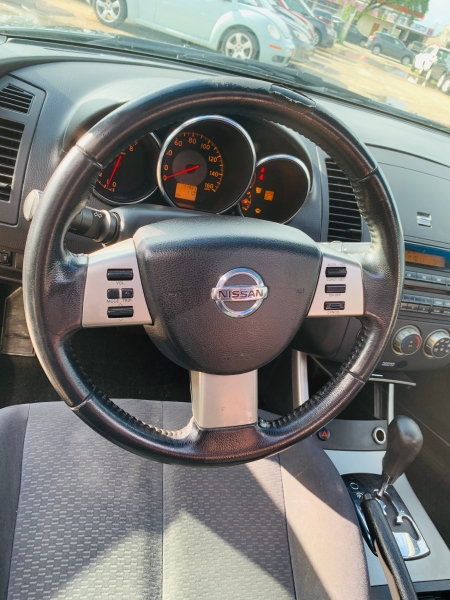 Nissan Altima 2006 price $3,000 Cash