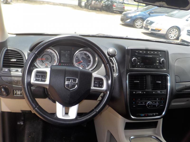 Dodge Grand Caravan 2012 price $5,499
