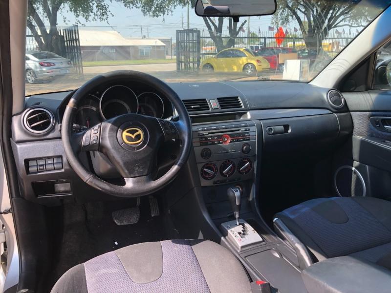 Mazda Mazda3 2008 price $2,700 Cash