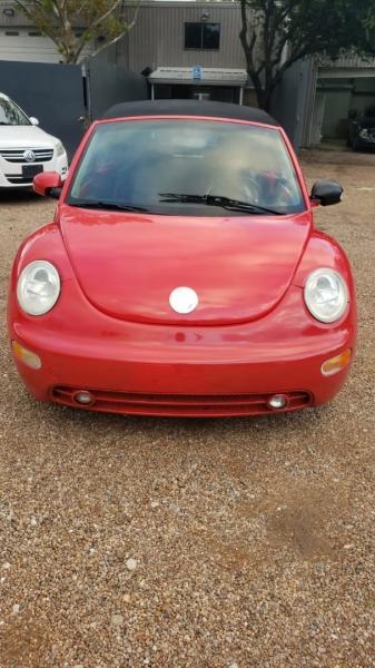 Volkswagen New Beetle Convertible 2004 price $2,999 Cash