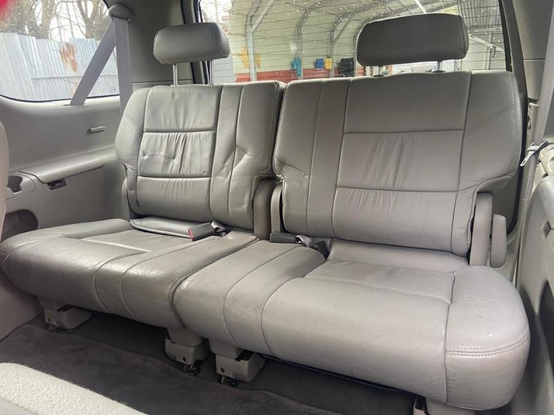 Toyota Sequoia 2002 price $4,999 Cash