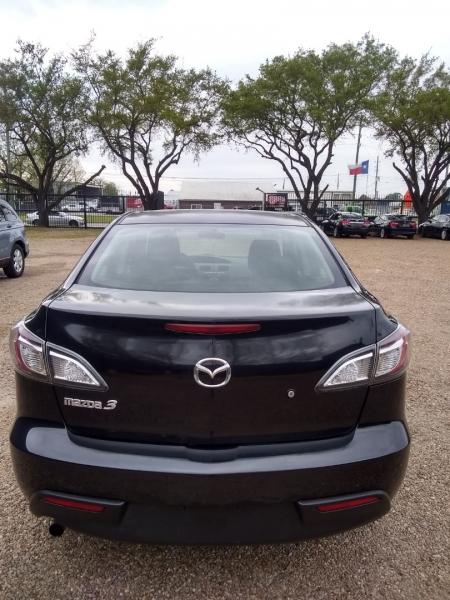 Mazda Mazda3 2010 price $3,995 Cash