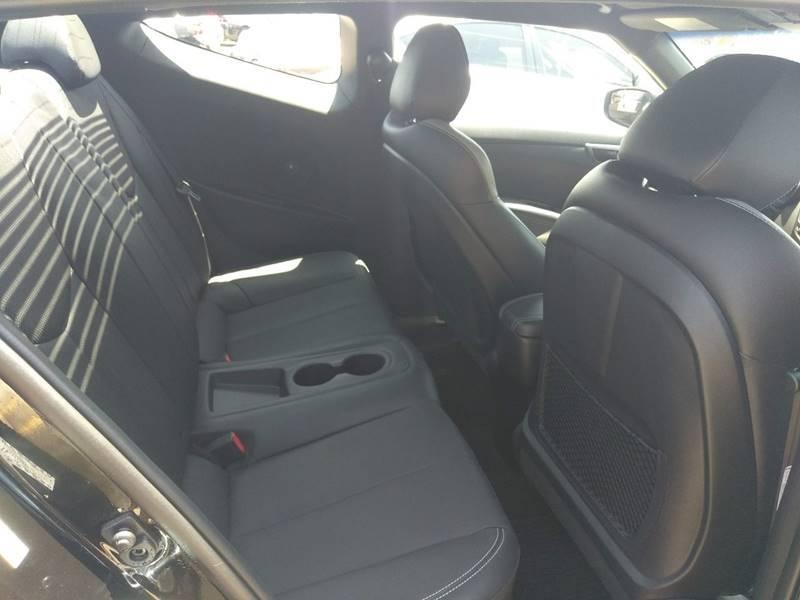 Hyundai Veloster 2016 price $13,900