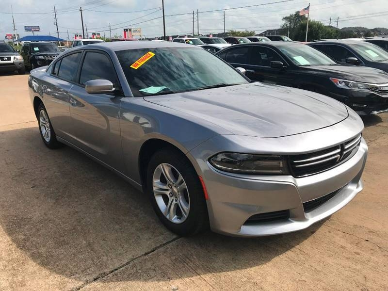 Dodge Charger 2016 price $15,900
