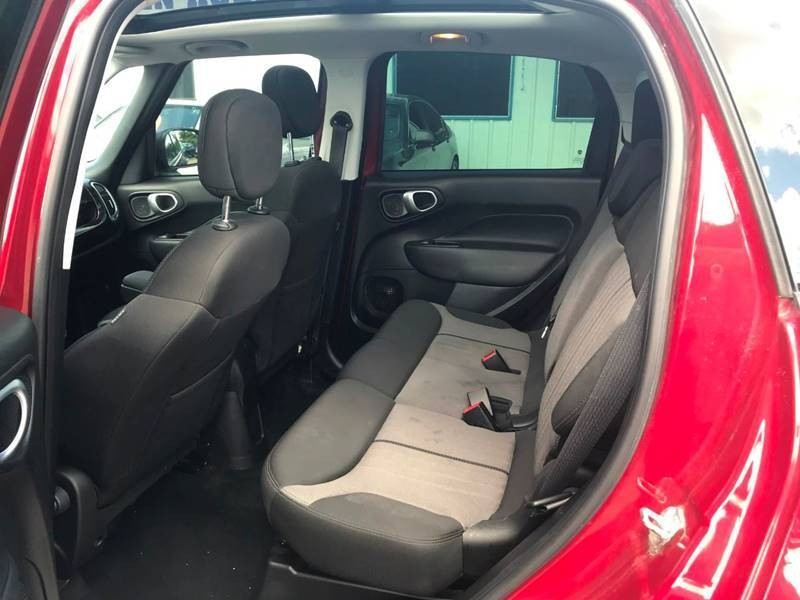 FIAT 500L 2016 price $14,900
