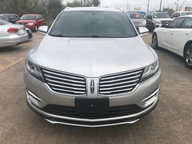 Lincoln MKC 2015 price $19,999