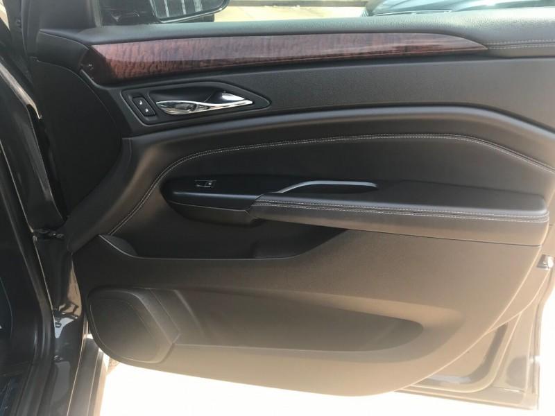 Cadillac SRX 2015 price $18,995