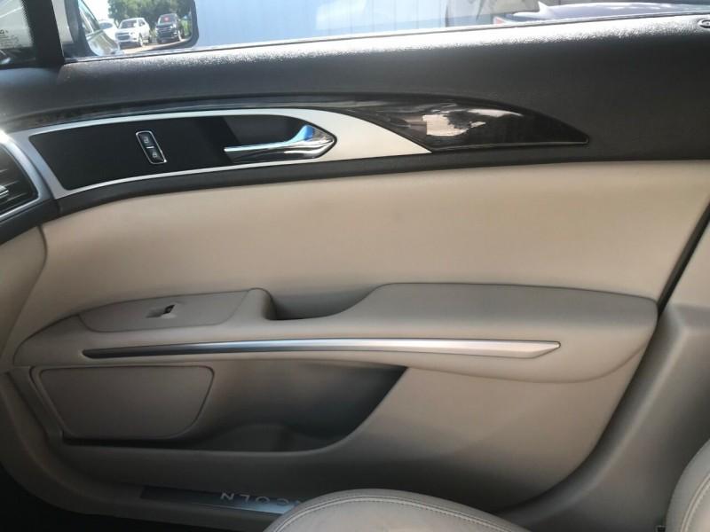 Lincoln MKZ 2016 price $19,900