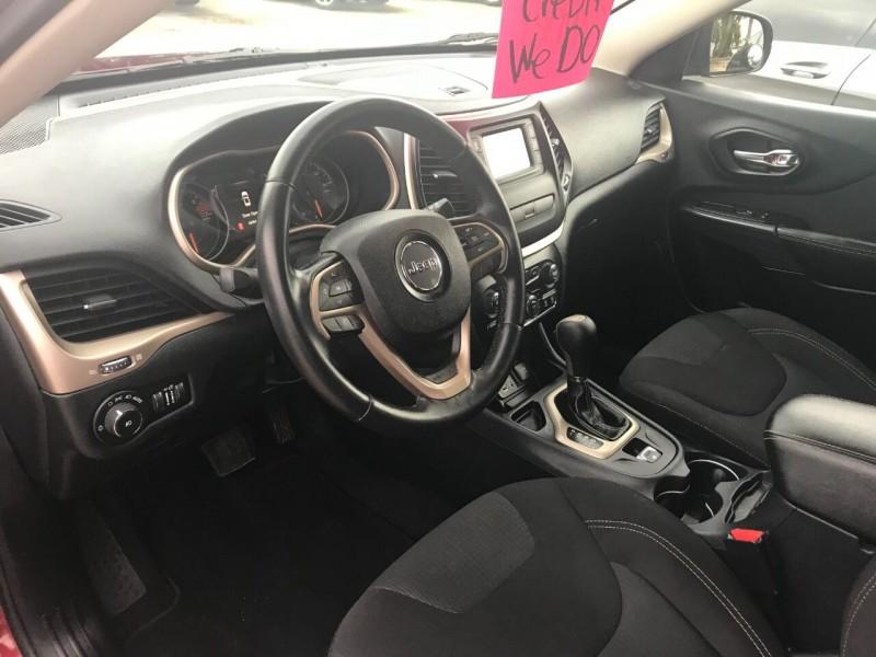 Jeep Cherokee 2016 price $18,900