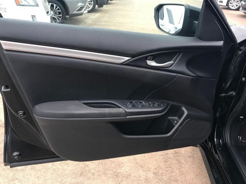 Honda Civic 2016 price $15,900