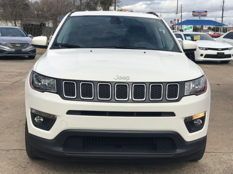 Jeep Compass 2018 price $18,900