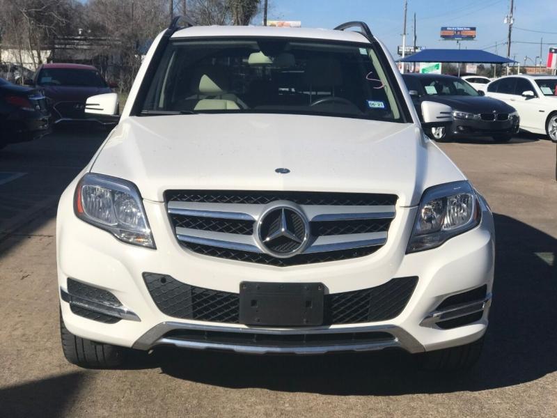 Mercedes-Benz GLK 2015 price $21,000