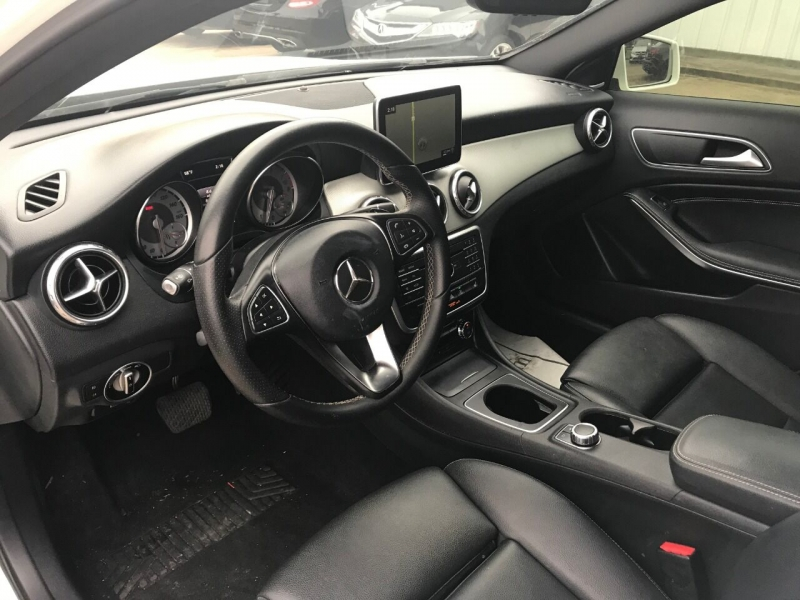 Mercedes-Benz GLA 2016 price $22,900