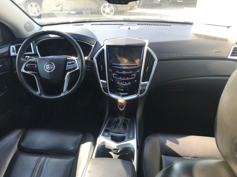 Cadillac SRX 2015 price $17,900