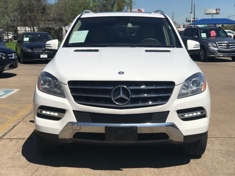 Mercedes-Benz M-Class 2015 price $25,000