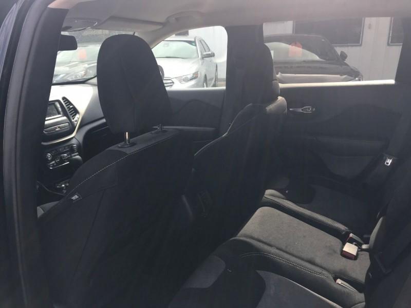 Jeep Cherokee 2014 price $19,500