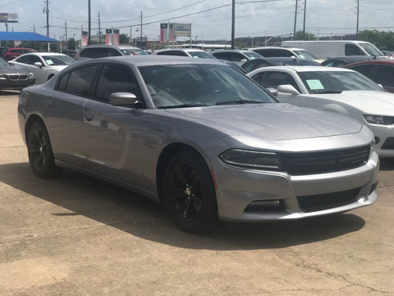 Dodge Charger 2016 price $25,900