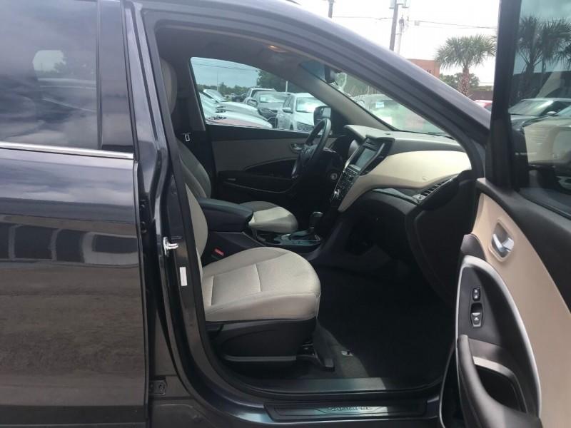 Hyundai Santa Fe Sport 2017 price $20,000
