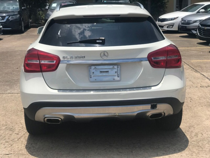Mercedes-Benz GLA 2015 price $23,500